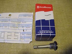 New OEM Johnson Evinrude OMC Oil Indicator Plug  913343