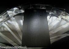 25 X Negro Pendiente exhibición de tarjetas (9cm X 5cm) & Autoadhesivas Bolsas ~ Llano
