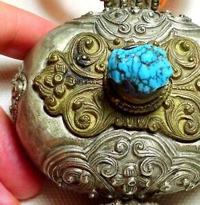 Exquisite metalwork Gau Ga'u Box Tibet  Antique Himalaya Pendant Turquoise