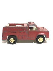 Tootsie toy Red Fire Truck Die Cast Bintage Collectibles Made In US 1970
