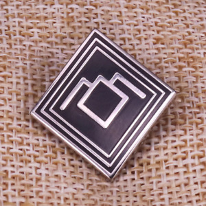 "Twin Peaks Owl Cave Black Lodge David Lynch 1"" Enamel Pin Badge US SELLER NEW"