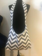 Ladies Gray & White Zig Zag Sling Back Shoulder Strap Purse Handbag Bookbag NEW