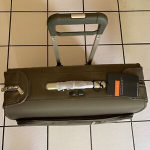 Briggs & Riley U176-7 Deluxe 2 Wheeled Garment Bag Suitcase Olive $715 New