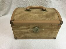 Pre-Owned Vintage Make-Up Carrier Suitcase