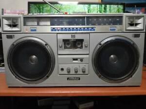 Victor JVC RC-M70 Stereo Boombox Radio Cassette Recorder Retro 100V