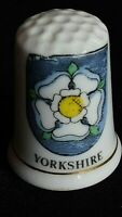 YORKSHIRE HAREBELL WHITE ROSE MOTIF BANNER YORK BONE CHINA SOUVENIR THIMBLE