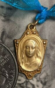 PL13 St Mary of Val Notre Dame Pewter Pendant Catholic medal Religious Jewelry component Supplies Supply Antique Gold 1 pc