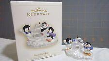 """2006 Hallmark QXG2803 """"Snow Fort Fun"""" Ornament"""