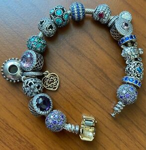 VERY PRETTY 7 INCH Pandora SILVER and GOLD Charm Bracelet with 14 Charms