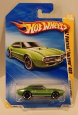 2010 Hot Wheels New Models '67 Pontiac Firebird 400 Green