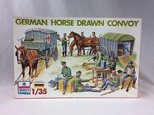 1/35 ESCI WWII German Horse Drawn Convoy Medical Wagon 11 Figures 4 Horses 5047