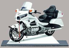 MOTO, MOTO HONDA GOLDWING BLANC-03 en horloge miniature