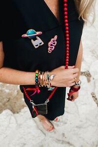 Handykette Mo`Beads aus 108 farbigen Holzperlen, ca.130cm lang, Klickverschluss