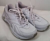 Reebok classic white leather lace tie sneakers womens walking Shoes size 6