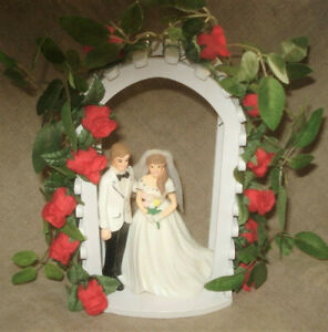 Wedding Cake Topper BRIDE & GROOM and Wood Arch Red Rose Arbor Trellis