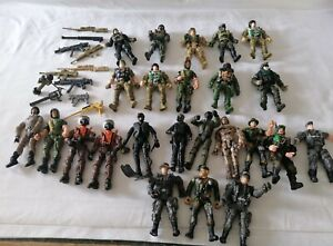 Joblot military soldier action figures & weapons - Chap Mei & others