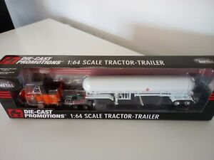 DCP. Diecast Promotions 1/64. Peterbilt witch propane trailer.1/64. New.