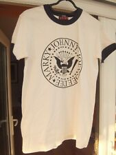 Ramones 1234 Seal T-shirt  White T shirt size small mens or womens