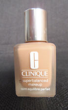 CLINIQUE 100% AUTENTICOSUPERBALANCED MAKEUP. TEINT EQUILIBRE 12HONEYED BEIGE