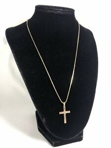 """14K Gold Necklace w/Cross Pendant And Box • 18"""" • 6 Grams"""