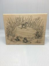 A CHERISHED ROCK MW RUBBER STAMP-STAMPA ROSA HOUSE MOUSE