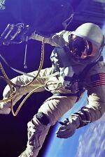 New 5x7 NASA Photo: Astronaut Ed White on First Spacewalk, Gemini 4 Mission