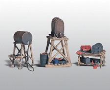 Woodland Scenics # 212 Scenic Details(R)3 Fuel Stands Kit Unpainted Metal Ho Mib