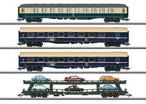 Märklin 42999 - DB Ep.4 Autozug-Set mit 4 Wagen + Ladung - NEU