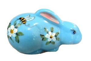 """Mosser Glass Bonnie Blue Handpainted Floral and Bee Laying 5 1/2"""" Bunny"""