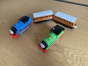 THOMAS ANNIE & CLARABEL PERCY Motorised Battery Trackmaster Train Track Tomy
