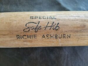 RICHIE ASHBURN H & B SAFE HIT VINTAGE BASEBALL BAT