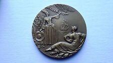 """Médaille de bronze Paquebot """"Antilles"""" et sa boîte carton d'origine."""