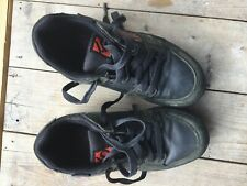 Kids Five Ten Freerider mountain bike shoes, UK size 4. Grey and red