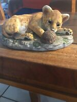 Vintage HOMCO MASTERPIECE Porcelain Cheetah Cub w/Turtle 1985 Signed