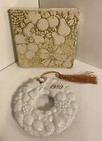 1980 AVON CollectIble Christmas Ornament  White Ceramic Wreath In Original Box
