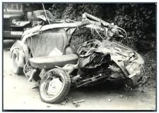 France, accident de voiture sur la route de Quimper Vintage silver print Tirag
