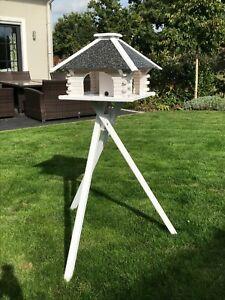 Futterhaus, Vogelhaus, weiß,Strukturputz, Ständer und Solar wählbar, V20 s weiss