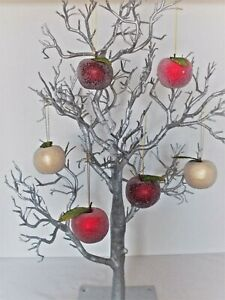 6 ASSORTED (3 COLOUR MIX) ARTIFICIAL FROSTED APPLES WITH LEAF 6.5cm DECORATIONS