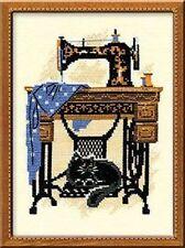Cross Stitch Kit by Riolis featuring vintage sewing machine black cat FREEPOSTAU