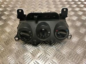 C16 Mazda 2 11-14 A/C Air Heater Climate Control Defroster Panel DF71