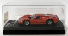 Voitures de courses miniatures rouge MAN
