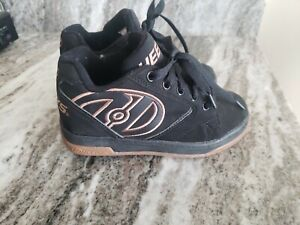 Heelys Propel 2.0 Skate Shoes Youth Size 2 Athletic Shoes 770255 EUC Black/Gold