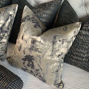 "Absolutely Stunning Cushion Cover 16"" Black & Gold Clarke & Clarke Fabric Nero"