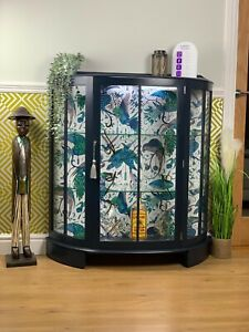 Gin Wine/cocktail Drinks Cabinet Retro Vintage Stunning Glass Display Cabinet