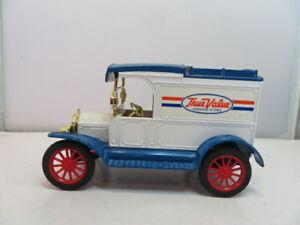Ertl Replica Ford 1913 Model T Van - Coin Bank - True Value