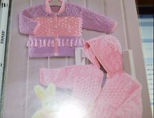 Sirdar Knitting Pattern 1640 Snuggly Bubbly DK Jackets Birth to 6 yrs