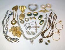 18 Piece LOT of All SIGNED Vintage to Modern Retro Jewelry Trifari Coro Boucher