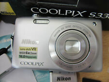 Nikon COOLPIX S3300 16.0MP Digital Camera - Silver excellent condition