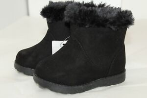 NWT Cat & Jack Girls Shoes Black Faux Suede Faux Fur Lined Slip on Boots SIZE 5