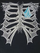 VOLCOM - SPIDERWEB RIB CAGE WLOGO AS HEART - SMALL BLACK T-SHIRT- E472